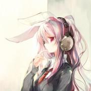 ヘッドフォンが似合ってる女の子